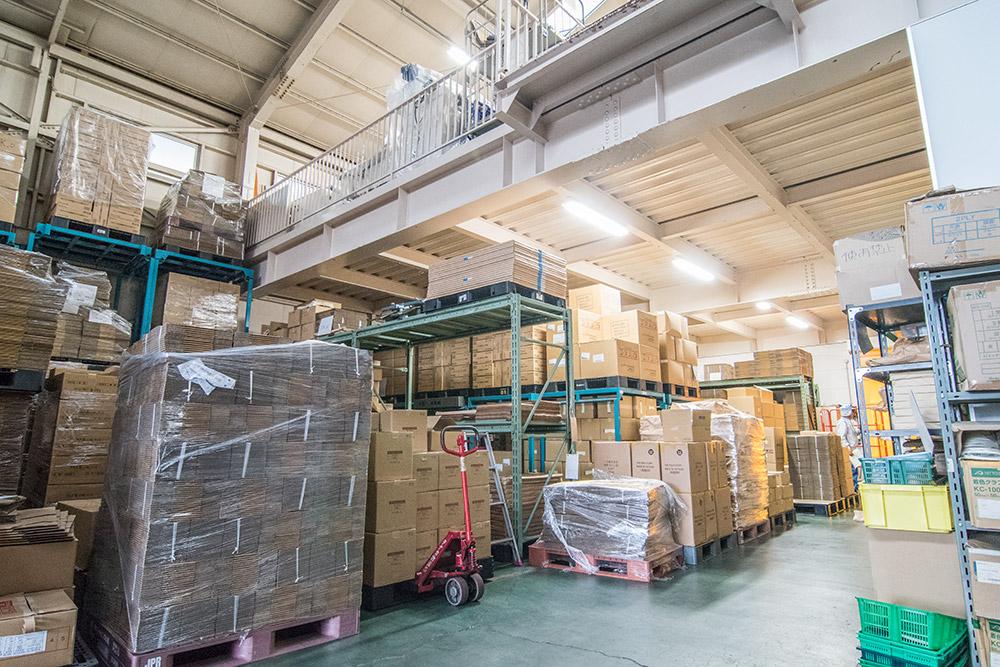 豊中営業所・物流センター 倉庫